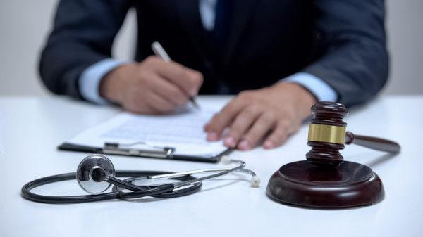 Kansas medical malpractice lawyers